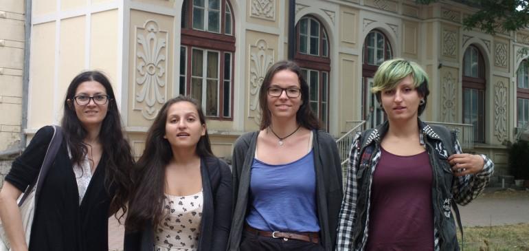 Интервюта из варненските пазари в деня на младите хора